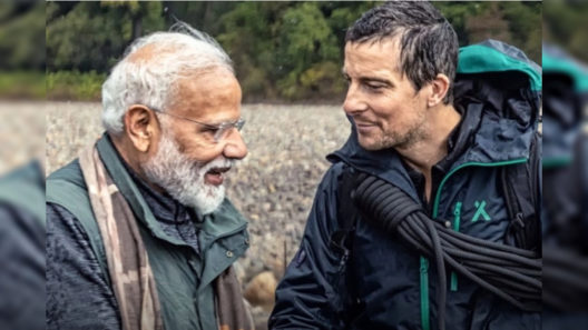 Download PM Narendra Modi with Bear Grylls Full Episode Hindi